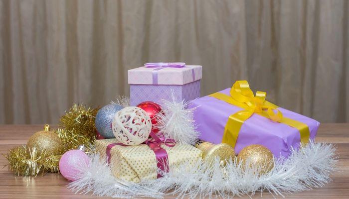 Россиянам рассказали, как выбирать сладкие подарки на Новый год