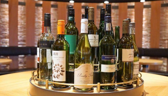 Эксперты предложили вдвое снизить продажи алкоголя в России
