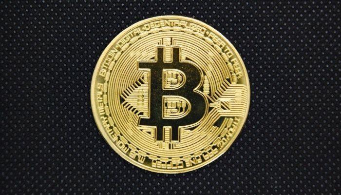 Впервые в истории стоимость биткоина превысила 22 тыcячи долларов