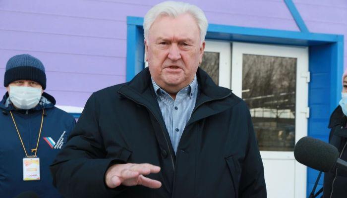 Бороды Хоттабыча не хватит: Отмашкин оценил состояние дел в Барнауле