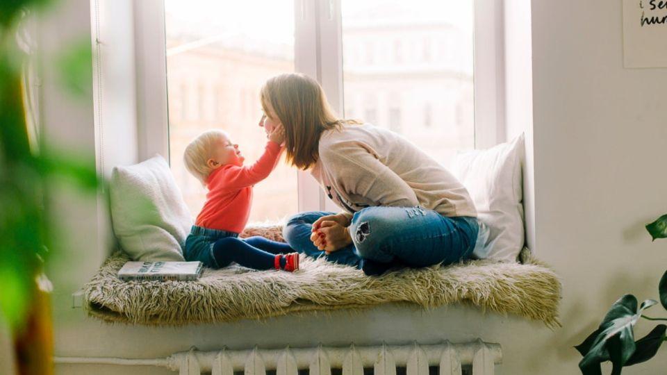 Не хотят рожать: в России предложили ввести зарплату для матерей