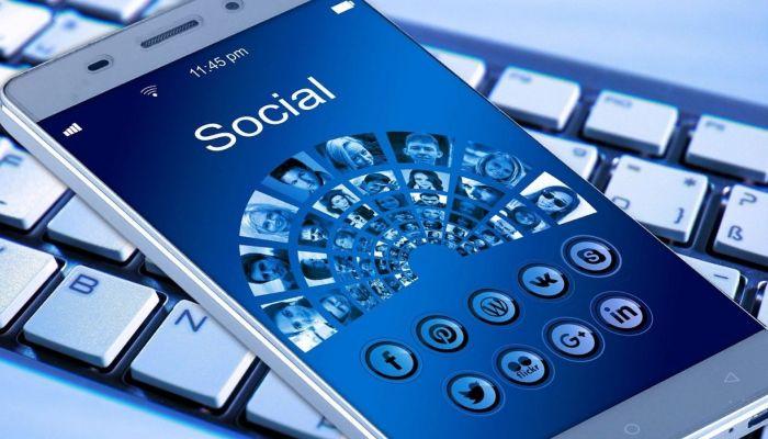 Российские сайты с посещаемостью выше 0,5 млн человек в сутки признают соцсетями