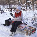 Барнаульцы сделали каток на замерзшей Пивоварке в парке Юбилейный