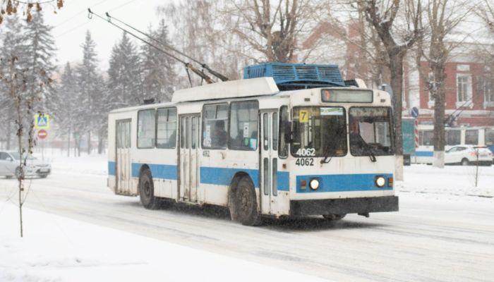 Общественный транспорт Барнаула будет ходить по спецрасписанию на Новый год