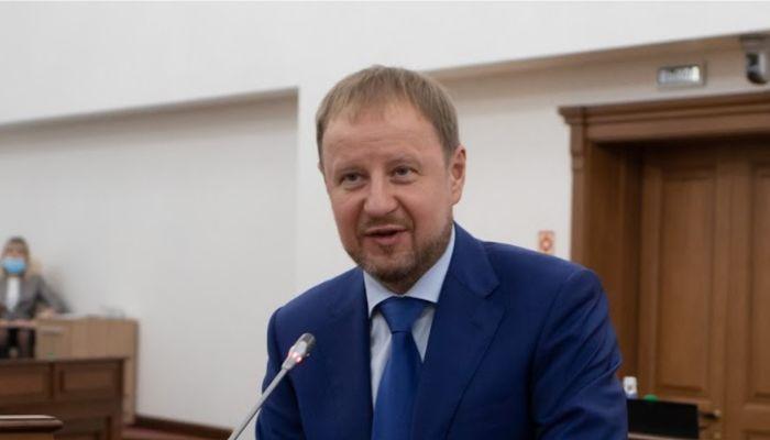 Встретимся дома: Виктор Томенко 28 декабря отмечает жемчужную свадьбу