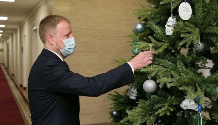 Томенко принял решение сделать 31 декабря нерабочим днем в Алтайском крае