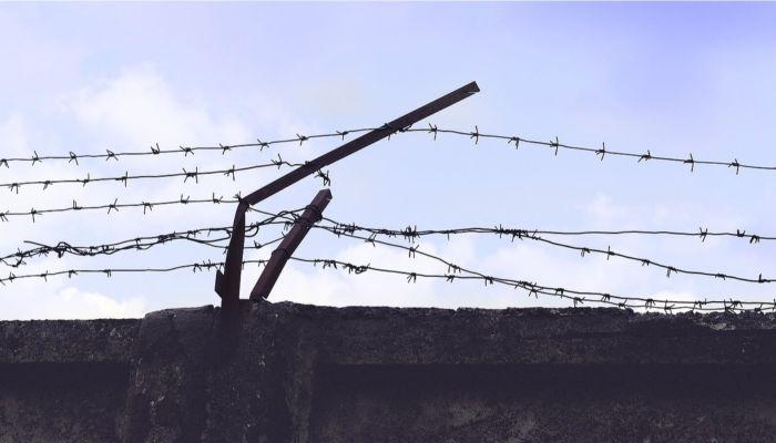 Мама, он меня убивает: в Алтайском крае абьюзера посадили за решетку