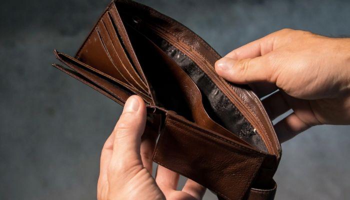 Правительство РФ потратит более 15 трлн рублей на борьбу с бедностью