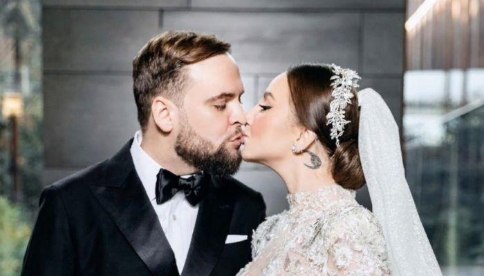Никогда ещё так сильно не любила: певица Asti тайно вышла замуж