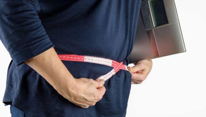 Как не набрать лишний вес за праздники: шесть полезных советов