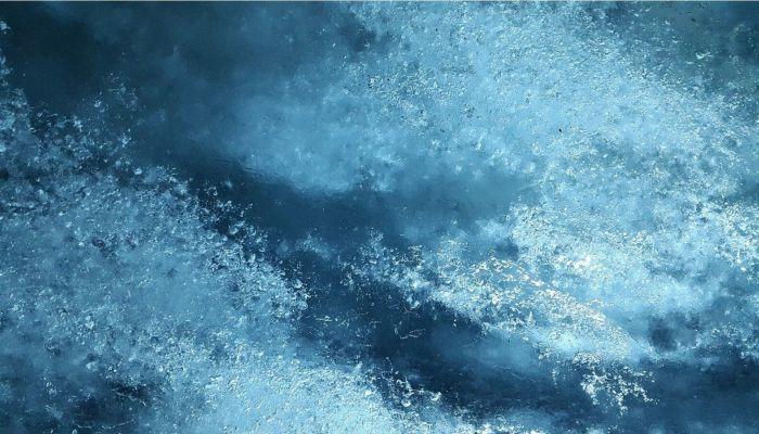 В Чемале впервые за много лет замерзли Голубые озера