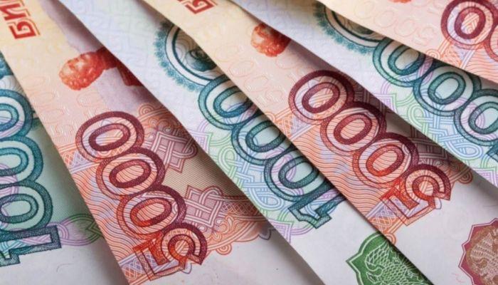 Минфин разъяснил порядок уплаты налога на вклады свыше 1 млн рублей