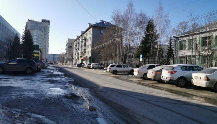 Остановку и стоянку машин ограничат на части улиц Барнаула