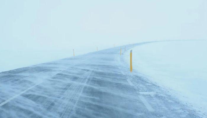 Автомобилистов предупреждают о сложной обстановке на трассах Алтайского края