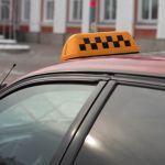 Ночью в Барнауле пассажиры перерезали горло таксисту