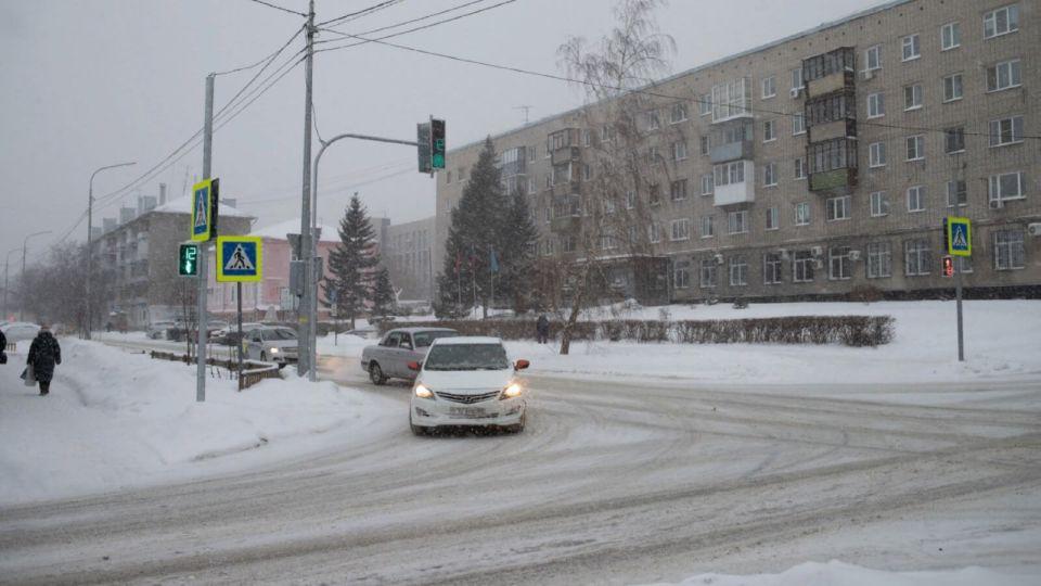 Эксперт рассказал, как нужно правильно заводить авто в мороз