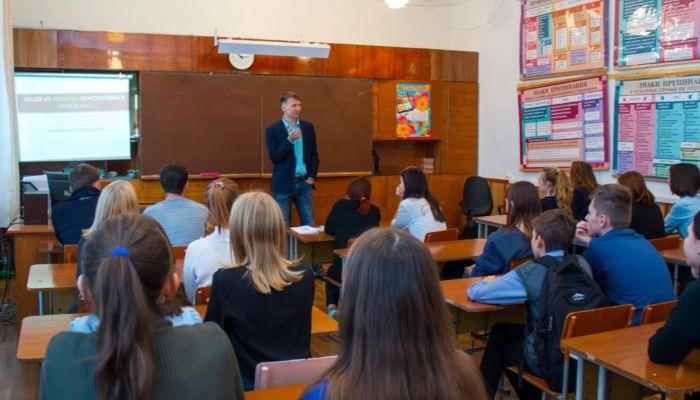В России могут в два этапа отменить ОГЭ для учеников девятых классов