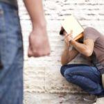 На Алтае пьяный подросток избил сверстника, требуя с него продукты