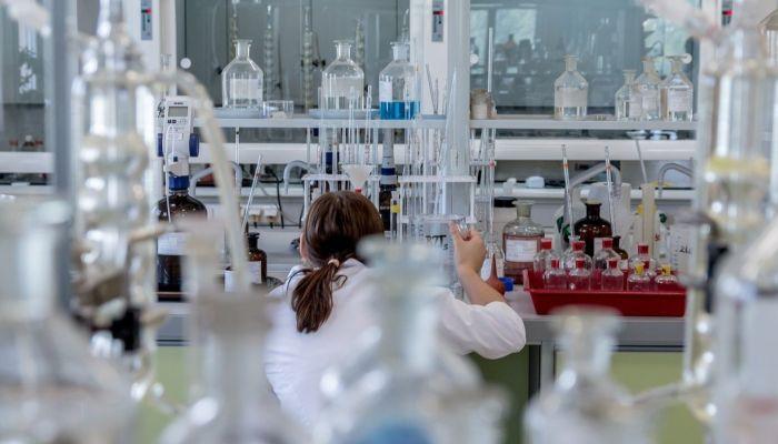 В России выявили почти 1,5 тысячи мутаций коронавируса