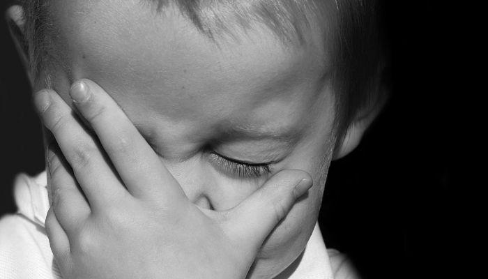 Отец помог своему сыну избить ребенка в Новосибирской области