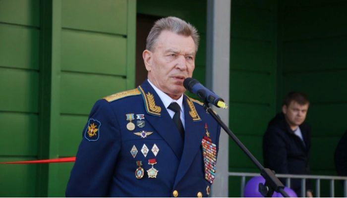 Генерал-полковник и Герой СССР Николай Антошкин умер после заражения COVID-19