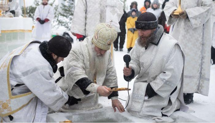 Власти запретили крещенские купания на Водном мире и у ярмарки ВДНХ