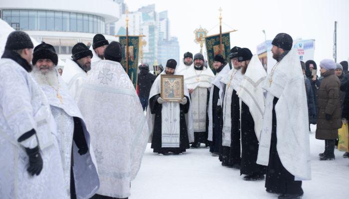 Становится ли вся вода святой на Крещение Господне 19 января