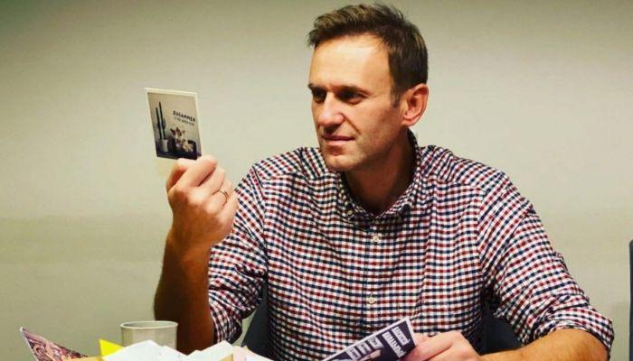 Алексей Навальный пробудет под стражей до 15 февраля