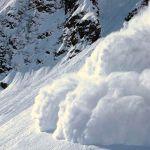 МЧС предупреждает об опасности лавин в горах Алтая