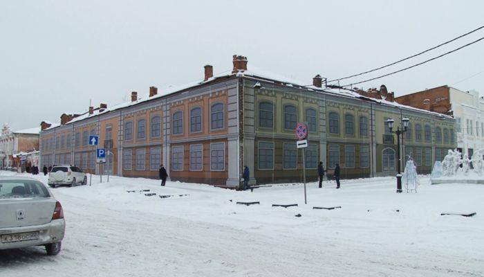 У заброшенного универмага Сухова в Барнауле появился инвестор