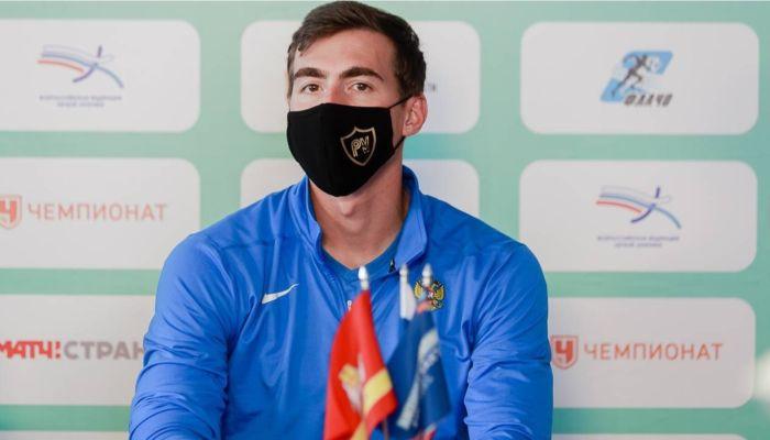 Это дурость: мать Шубенкова и другие специалисты не верят в допинг легкоатлета