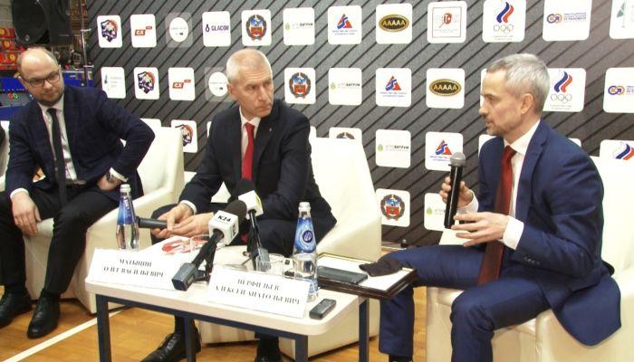 На Алтае будут развивать настольный теннис и гребной канал. Визит министра