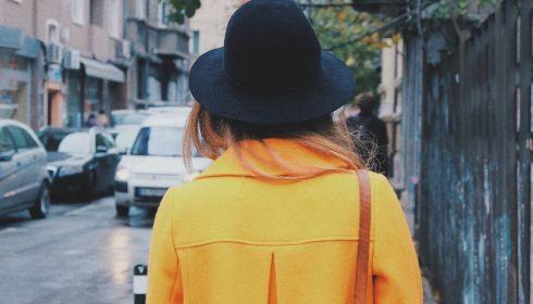 Что будут носить весной 2021 года и какие пальто станут самыми модными
