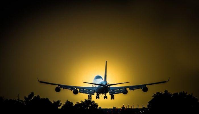 Объявленный в федеральный розыск барнаулец попался на курении в самолете