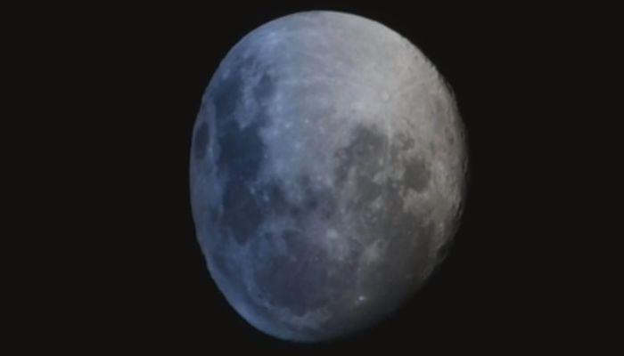 Космонавт опубликовал в соцсетях кадры расплющенной Луны
