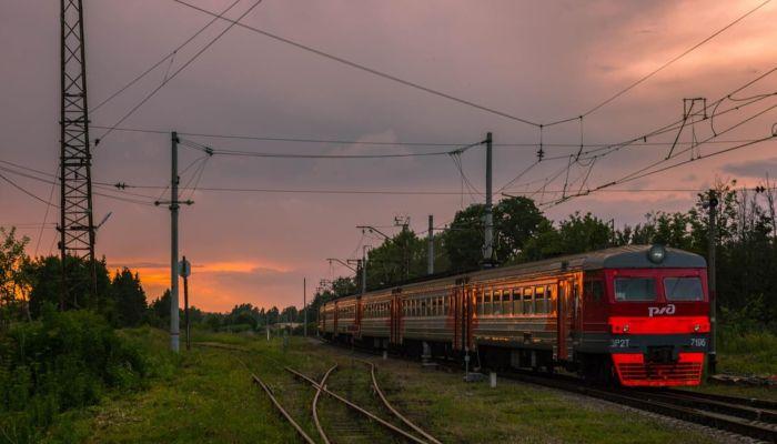 Алтайский минтранс увеличит число рейсов скорых пригородных поездов