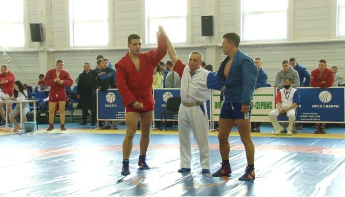 Лучшие самбисты со всей России приехали на турнир в Барнауле