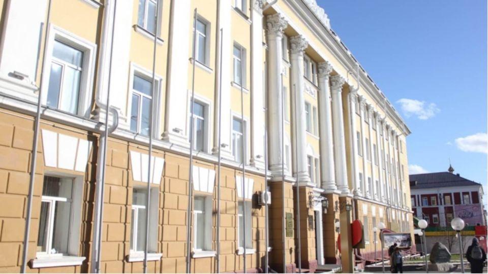 """В АГМУ отреагировали на """"бунт"""" студентов из-за задержки стипендий"""