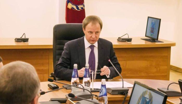 Губернатор Томенко подрос в рейтинге влиятельности глав регионов