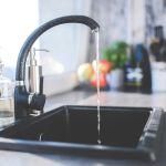Эксперт: хлорированная вода из-под крана может вызвать онкологию