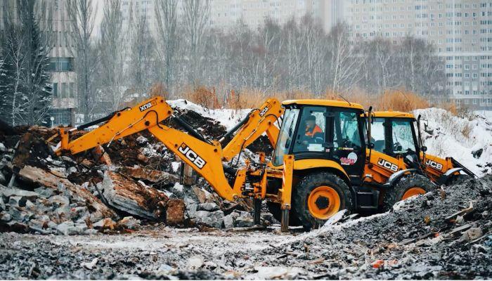Спецрепортаж: кто зарабатывает на утилизации строительного мусора в Барнауле