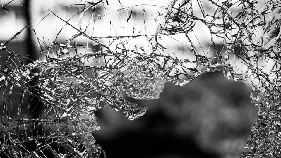 В Чите четырехлетняя девочка умерла после ДТП с поездом