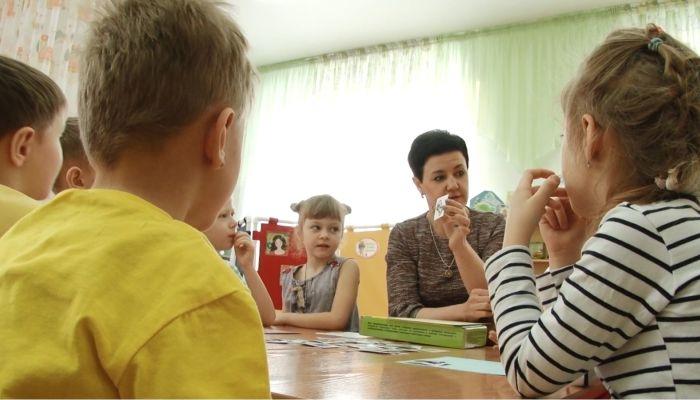 Алтайских малышей уже в детсадах учат грамотно распоряжаться деньгами