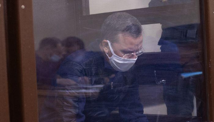 Общий бизнес и Канары. Как судят бывшего вице-мэра Барнаула Сергея Дёмина