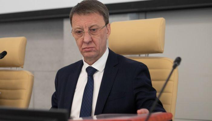 Сугробы, текучка, генплан: как прошел первый год главы Барнаула Франка