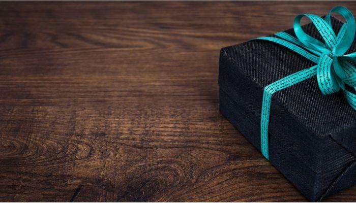 Гаджеты, канцелярию или вещи для уюта: что подарить коллегам на 23 февраля
