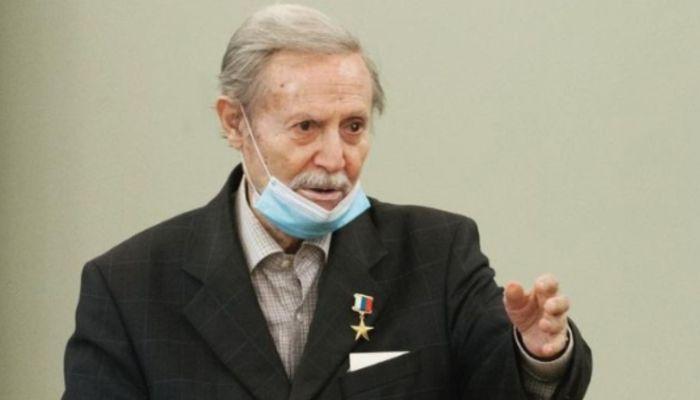 Худрук Малого Театра Юрий Соломин госпитализирован с коронавирусом