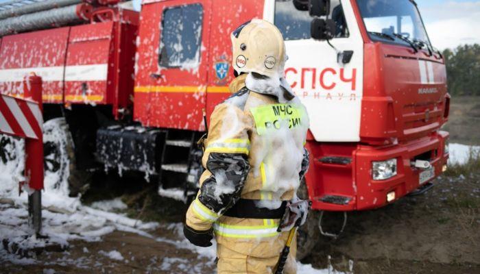 Ни пройти, ни проехать: глава МЧС Алтая рассказал, что мешает тушить пожары