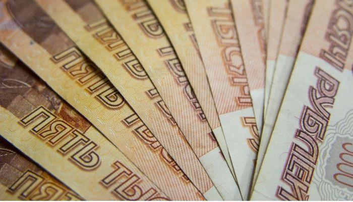 На Алтае почти 200 сотрудников предприятия оставили без зарплаты