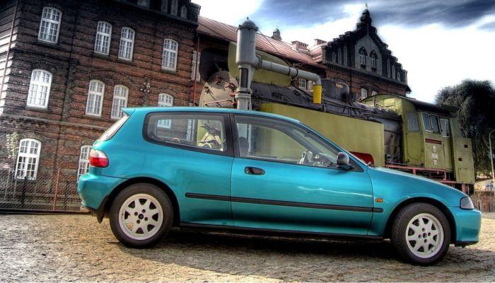 Барнаулец отправился в колонию строгого режима за продажу чужого авто